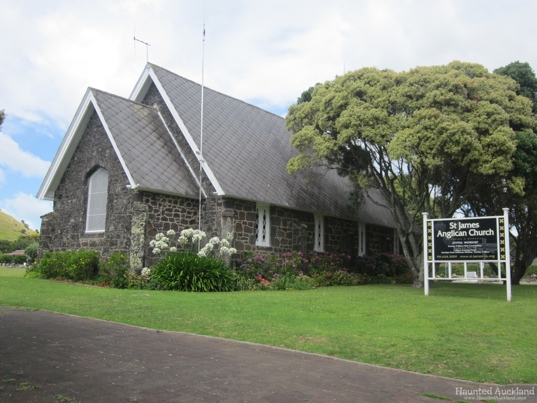 St  James Anglican Church & Cemetery – Mangere, Auckland