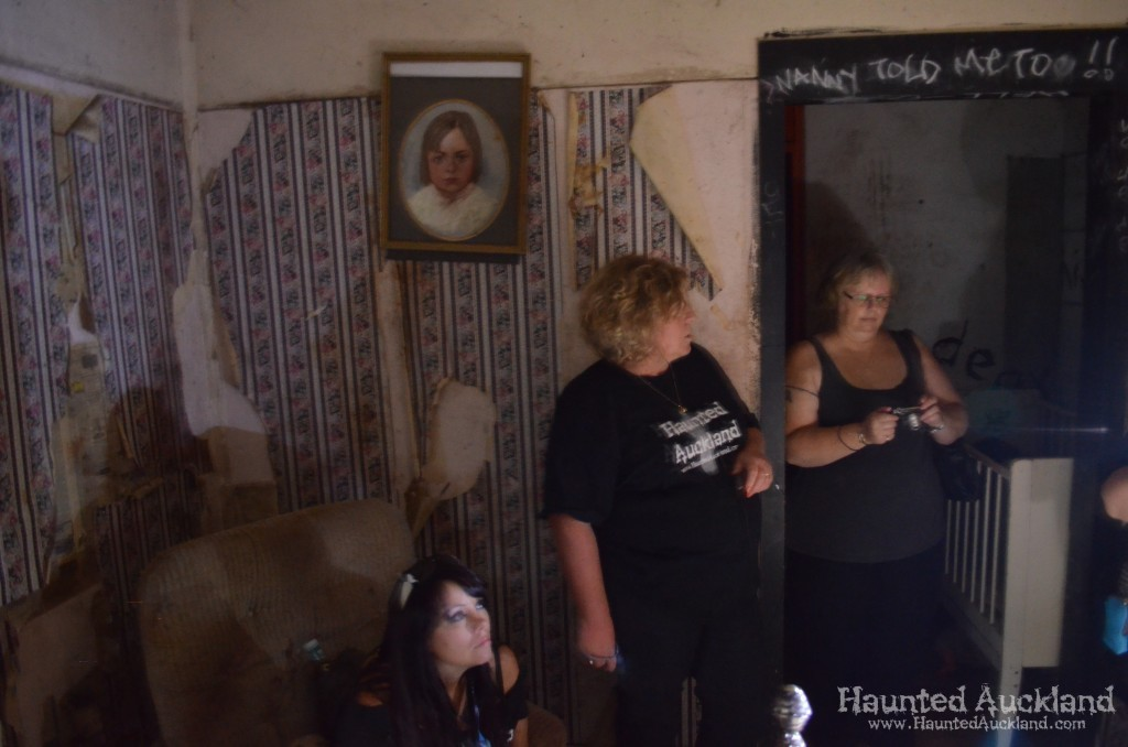 """Karen, Barbara and Heather investigate the """"Child's Bedroom"""" - Spookers, Kingseat"""