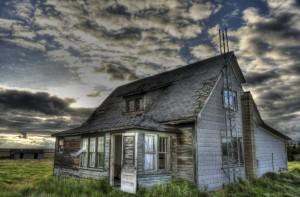 haunted-house-exorcism-670-1