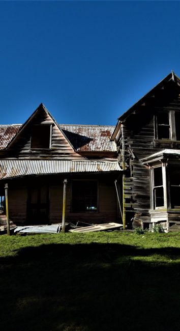 House in the Hills – Nelson