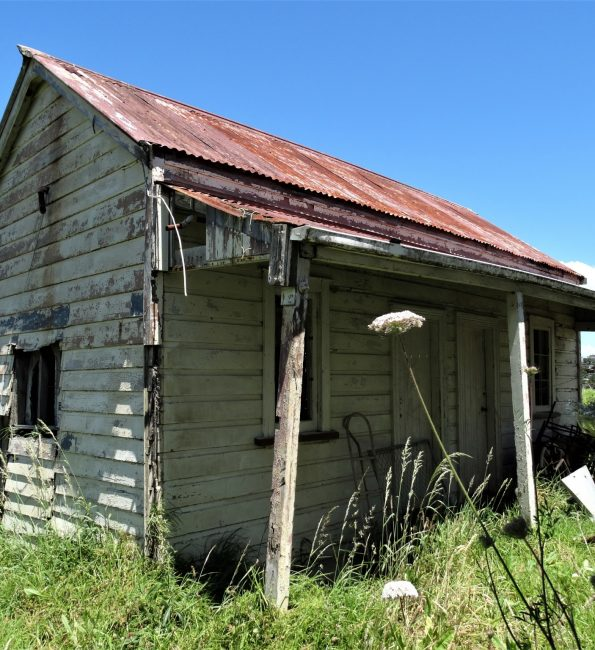 Abandoned house – Northcote, Auckland